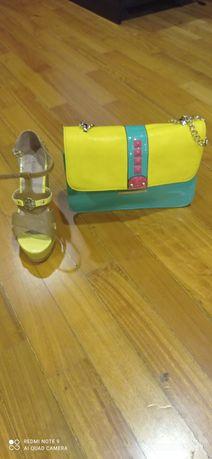 Bolsa + sandálias