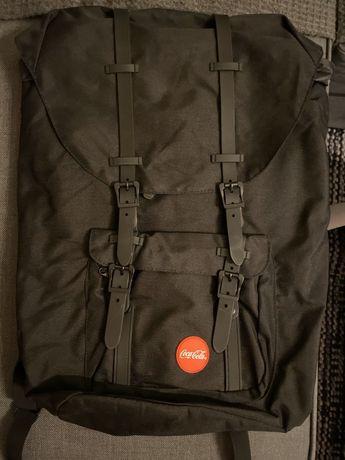 Plecak Coca Cola czarny na co dzień do pracy na wycieczki