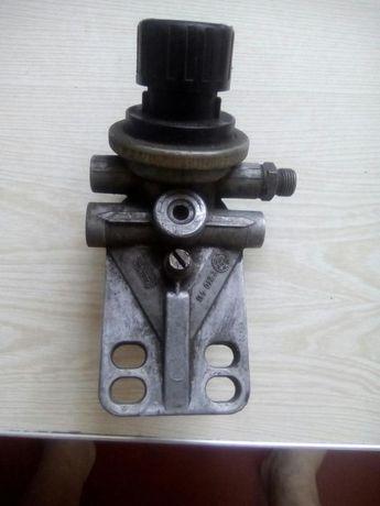 Держатель топливного фильтра с подогревои
