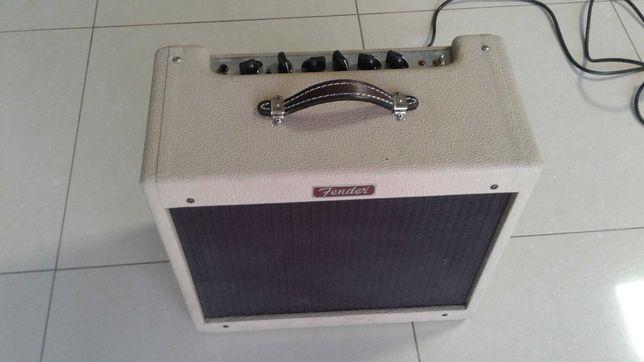 Продам ламповый комбик Fender Blues Junior. Made in Mexico