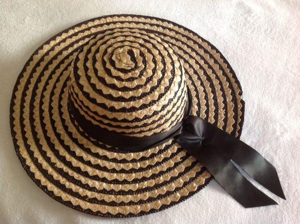 Chapéu em palha de senhora às riscas pretas com fita preta - tam 56