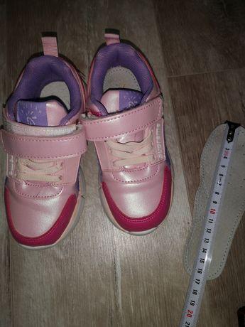 Кросівки H&M, та інші
