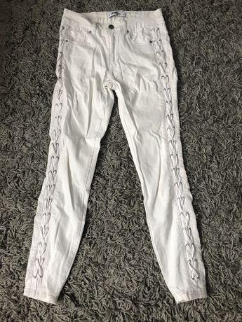 Spodnie skinny z wiązaniami po bokach New Yorker rozmiar S