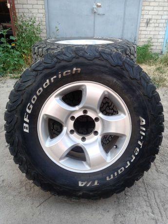BF Goodrich A/T KO2 245/75 R16 на литых дисках 6*139.7