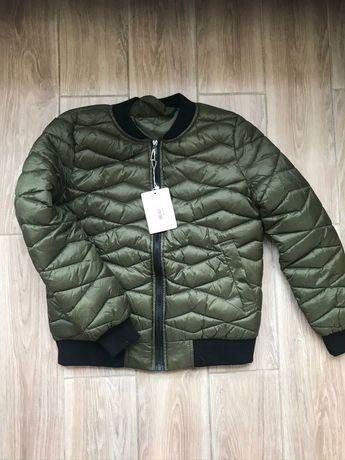Куртка весна S 42/44