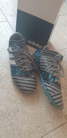Продам оригинальные  ,коллекционные бутсы Adidas Messi. р 37