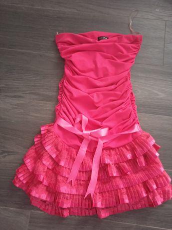 Malinowa krótka sukienka