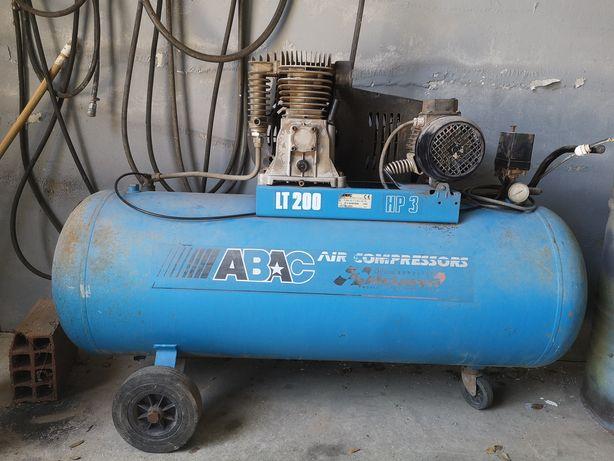 Compressor 200 litros ABAC
