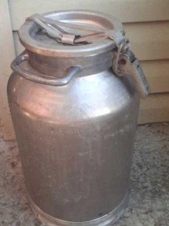 Продам модочный бидон 45 литров в отличном состоянии.