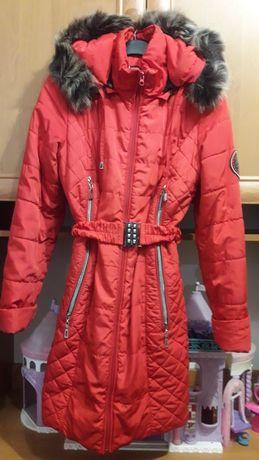 Детское красное пальто зимнее
