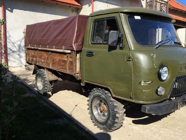 УАЗ 3303 дизель.