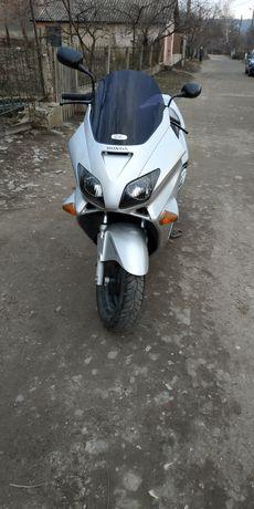 Honda-250