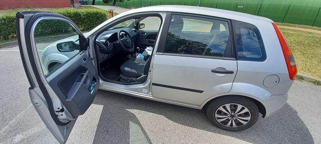 Ford Fiesta 1.3 benzyna