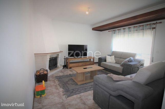 Apartamento Marrazes-Barosa | Elevador | Garagem