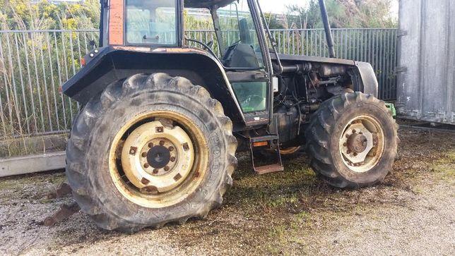 Tractor-Valmet 6400 para peças
