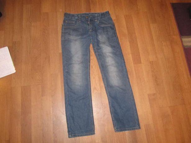 spodnie jeansowe 146cm