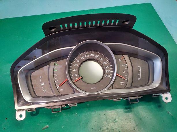 Приборная панель приборов Спидометр Volvo европа 31412864