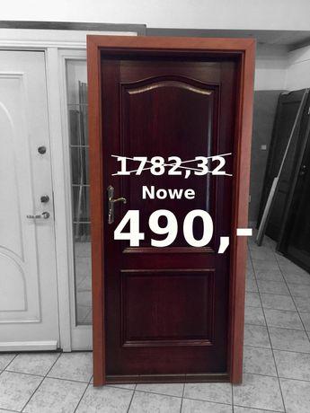 Drzwi wejściowe z ościeżnicą dąb palisander 5 kluczy 80 lewe