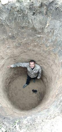 Копка земли под траншеи, любые ямы, монтаж бетонных колец под септик