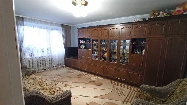 3 кімнатна квартира район