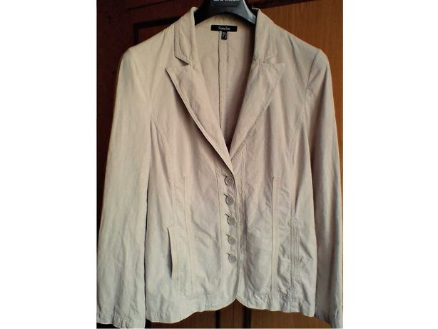 Пиджак женский летний с карманами, р.46. 55% лён, 45% хлопок. Израиль