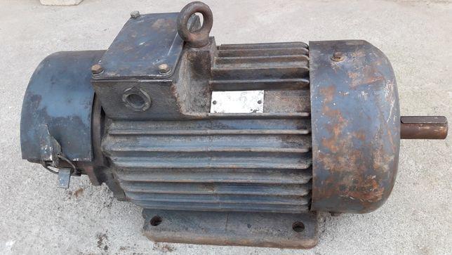 Электродвигатель, щеточный, крановый 220/380 В (СССР)