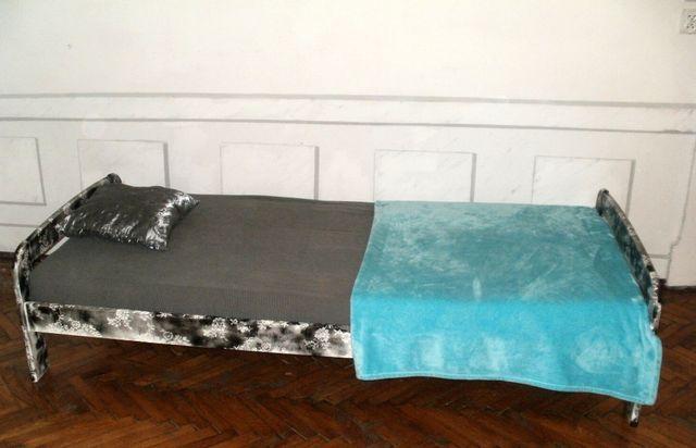 Łóżko 90x200+półka nad łóżko