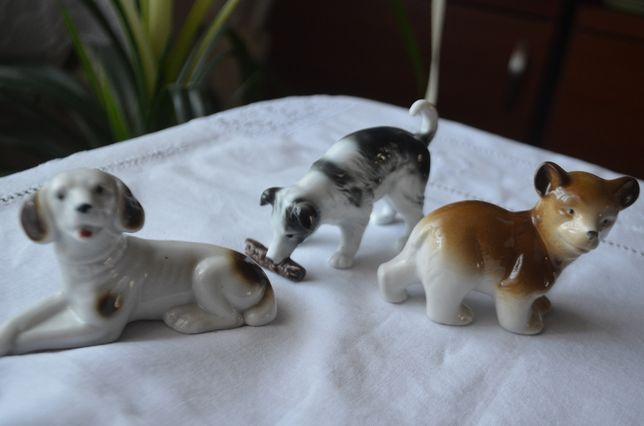 pieski figurka porcelana sygnowane