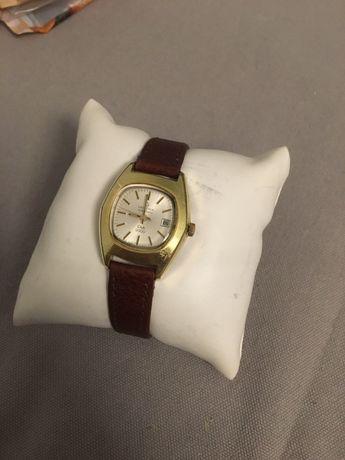Piękny zegarek damski Certina automatyczny