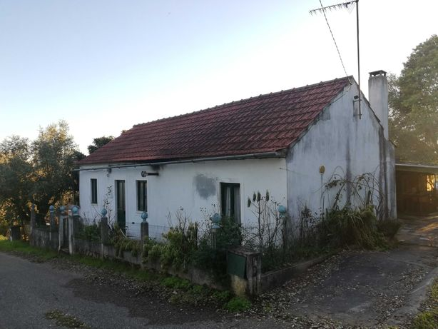 Arrenda-se casa de campo T3 com quintal Mogadouro - Ansião