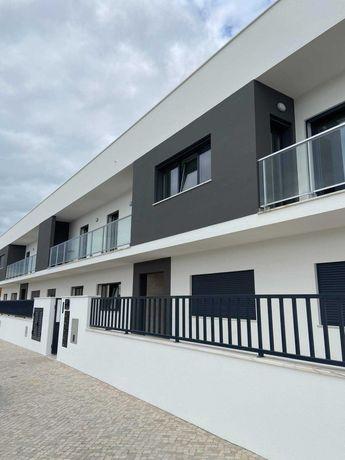 Apartamento T4/5 arrenda-se no Samouco