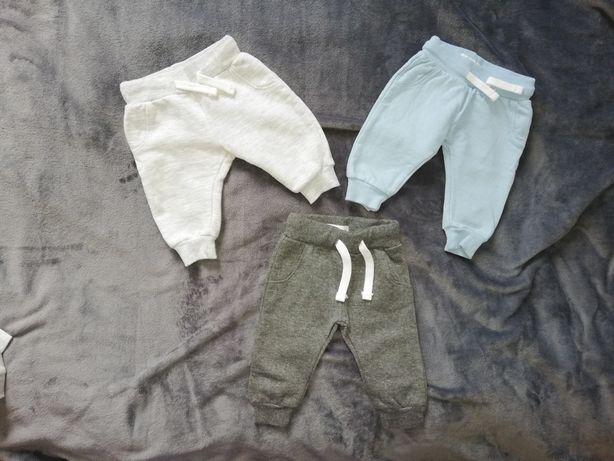 Spodnie dresowe Sinsay 62 cm