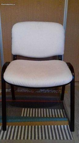 Cadeira para quarto ou escritório
