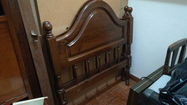 2 camas antigas com colchao incluido