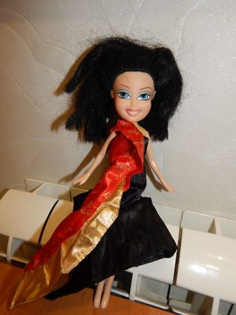 Кукла Bratz (Братц) в красивом платье недорого, пересылка!