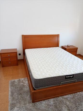 Mobília de quarto em bom estado