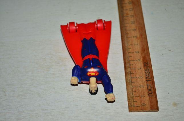 Игрушка инерционная Супер Герой Супермен DC Comics
