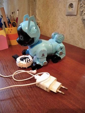 Продам іграшку робокота в чудовому стані
