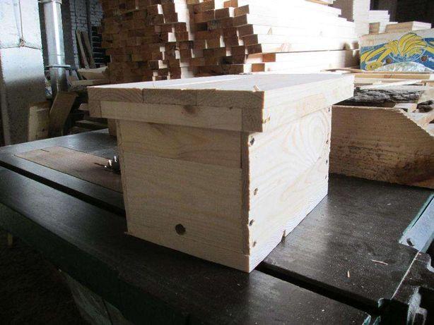 Нуклеус для бджолиних маток