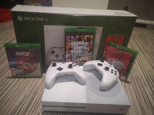 Xbox one 1tb z gwarancją