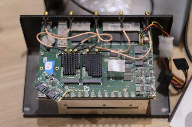 Turris Omnia WiFi router NAS edition