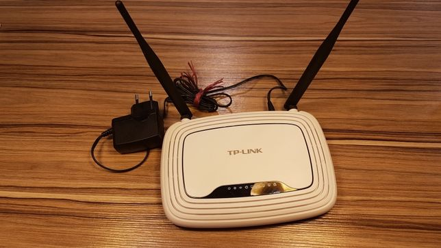 Router TP-Link model TL-WR841N