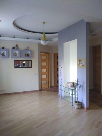 Квартира сталинка с авторским дизайном в центре города