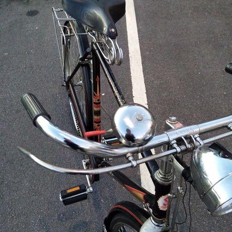 Bicicleta antiga Pasteleira
