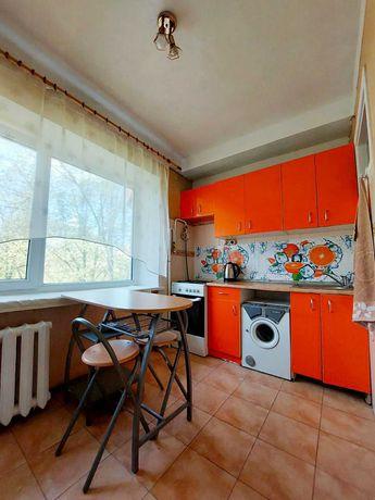 Сдам  свою уютную 2- комнатную квартиру в Центре. Площадь Победы.