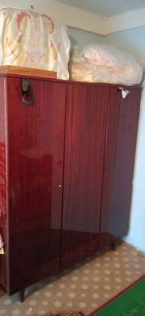 Два Шкафа,старых советский