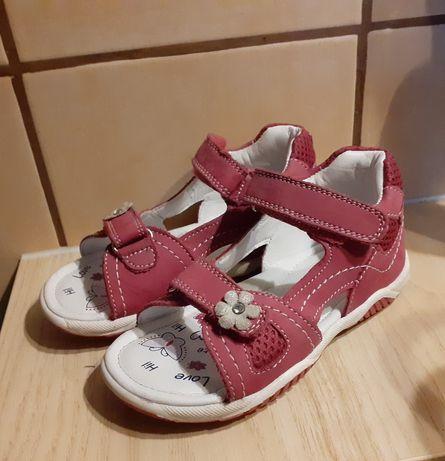 Sandałki skórzane firmy Lasocki Kids w rozmiarze 27 stan bardzo dobry