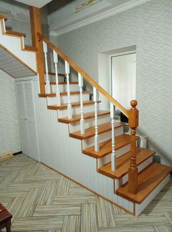 За недорого. Деревянная лестница в Ваш дом