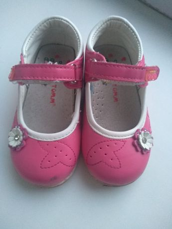 Дитячі туфлі. Детские туфли. Туфли для девочки. Туфлі для дівчинки