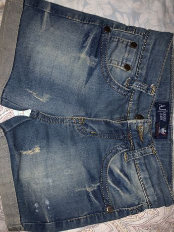 Шорты джинсовые на 3 года 98р.